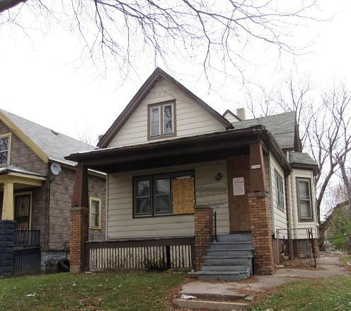City of Milwaukee tax foreclosure being sold As-Is. No condition report provided. Sq ft/lot size per city or MLS records. Rm sizes have not been verified. Pre-approval or proof of funds required with all offers, must cover purchase price plus renovation scope of work.