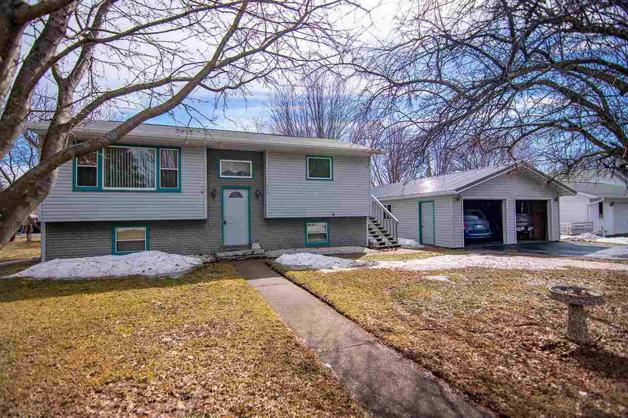 210 S 6TH STREET STREET, ABBOTSFORD, WI 54405
