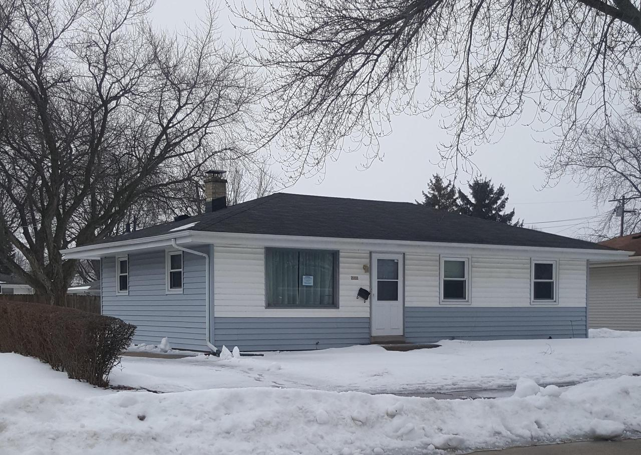 3 BR home with newer vinyl windows and hardwood floors. Bring your rehab ideas and the 'Touch of a Master's Hand' to make this house a home again! Quiet, well-established neighborhood awaits you!