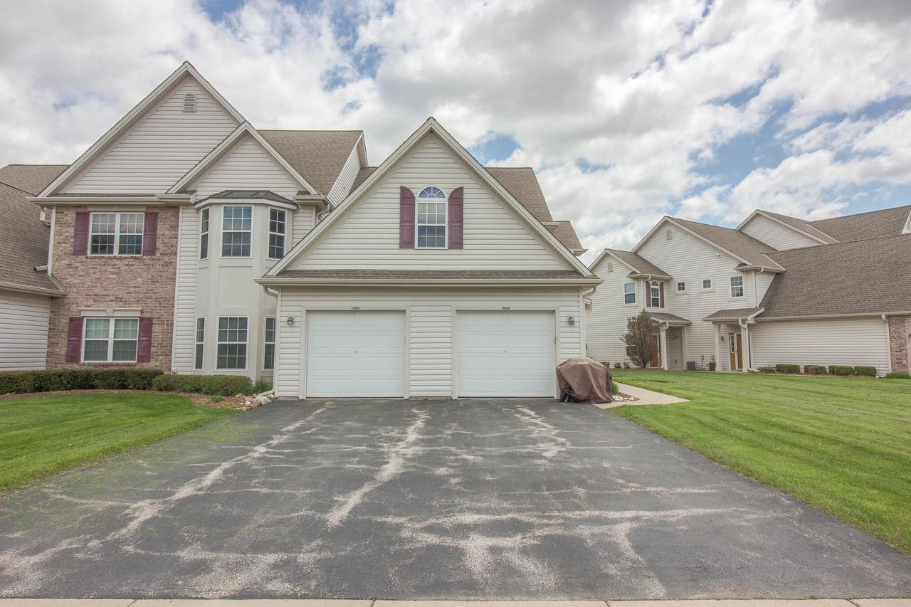 Well cared for 3 bedroom-with walk in closets, 2 bath upper unit condo. Condo updates: new dishwasher 2017, new water heater 2016, new carpeting January 2016, new master bath flooring 2016, new bedroom fans, new living room fan.