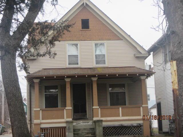 This is a tax foreclosed property.This property  is strictly restricted to sale for OWNER/OCCUPANCY only.Additional information can be found on the City of Milwaukee website.