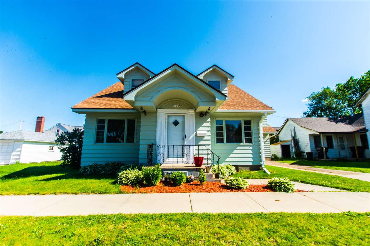 Homes With 4 Bedrooms For Sale In Tomah WI • Realty
