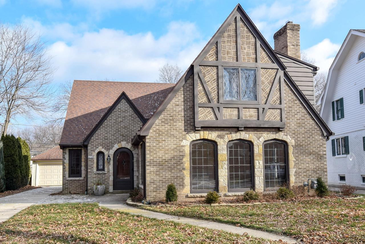 4750 N Newhall St STREET, WHITEFISH BAY, WI 53211