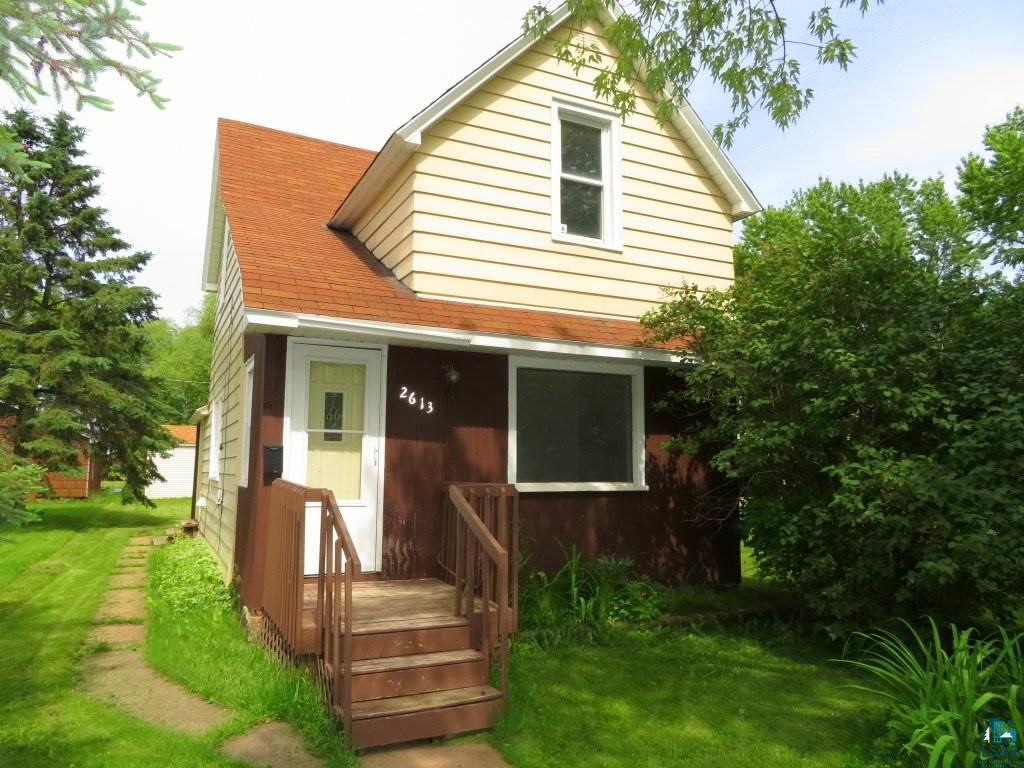 A lot of house for the money.  Don't miss the opportunity to own this 2 BR home with a one car garage.  The kitchen and living room are very generously proportioned.  Both bedrooms are on the upper level and there's room for a small table in the kitchen.