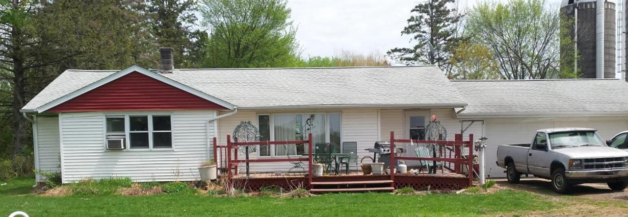 200 acre 130 acre tillable 50 comfort stall dairy farm.Not a rock onthe farm some tiling would create more tillable acres. seprate housing for dry cows and bred heifers, nice heifer barncouple silosand a large machine shed. House is a ranch style 5 bedroom 2 bath 2 car attached garage, buildings set back from the road for privicy and pleasure. Buy the buildings and a few acres,possibilty to rent the rest until you can aford to buy.