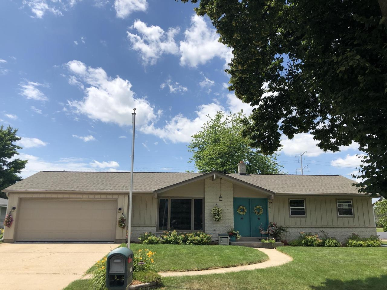 First time offered, original owner!  Lovingly maintained Grafton Ranch located in a quiet neighborhood close to Wildwood Park. Great location with easy access to all Grafton has to offer.  New roof (2017) Furnace (2014) Kitchen cosmetically refreshed approximately 10 years ago. HWFs in all bedrooms. Beautifully landscaped yard with large deck and shed.