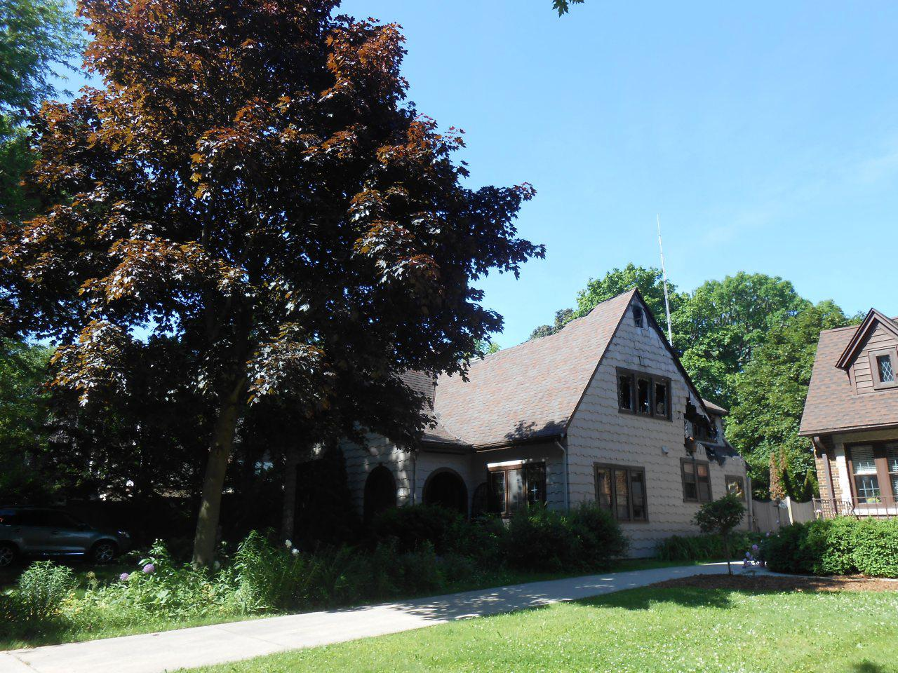4753 N Newhall St STREET, WHITEFISH BAY, WI 53211