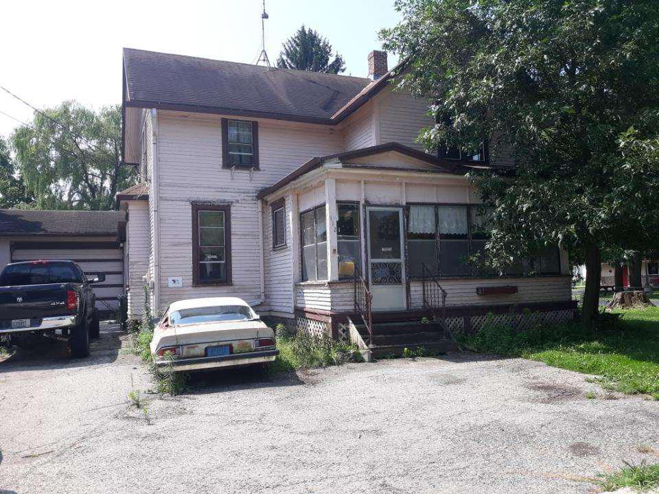112 E State St STREET, FOX LAKE, WI 53933