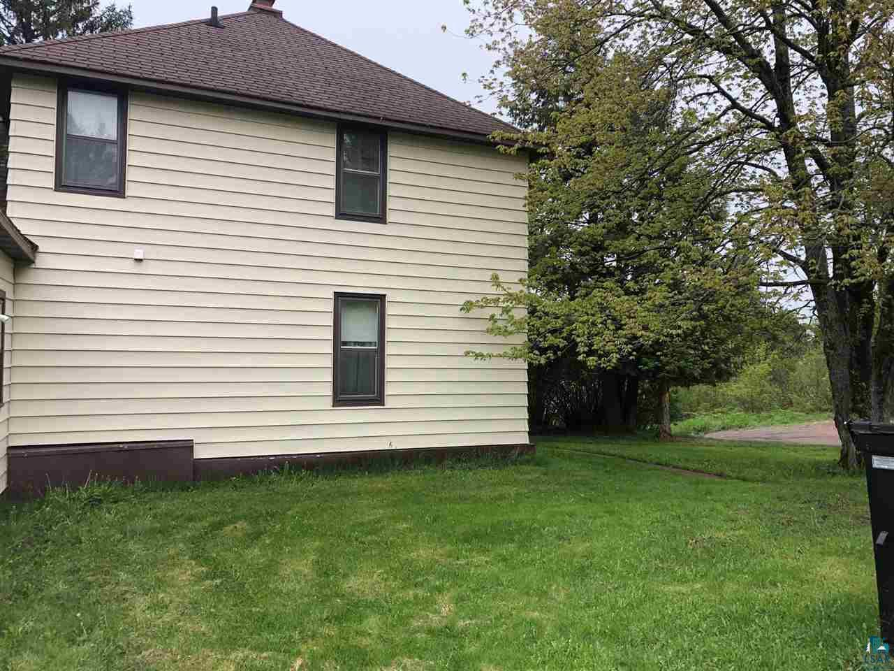 Large 4 bedroom, 1 bath home on nearly an acre lot  in Mellen.  There is plenty of room  for your new garage or use the home as income property.