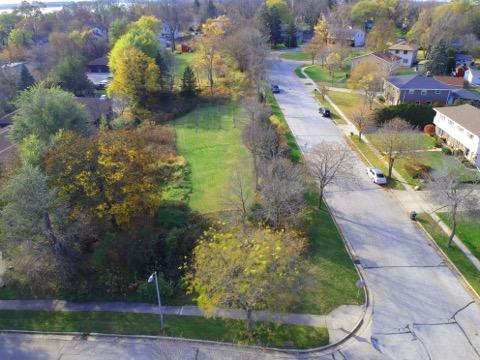 Lt2 Lakeview Ct COURT, PEWAUKEE, WI 53072