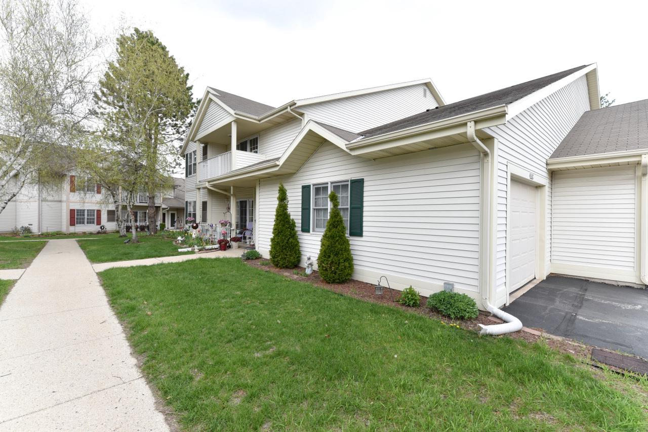 ONLY DUE TO BUYER'S PERSONAL SITUATION, this much sought after condo is back on market. Location and affordability make this move-in ready 2 bedroom, 2 bath condo a must see. Vaulted ceilings also enhance to open spacious feel of this great condo. This meticulously maintained condo also includes a chair lift which will be removed if buyer desires. This condo won't be on the market long, so schedule a showing ASAP