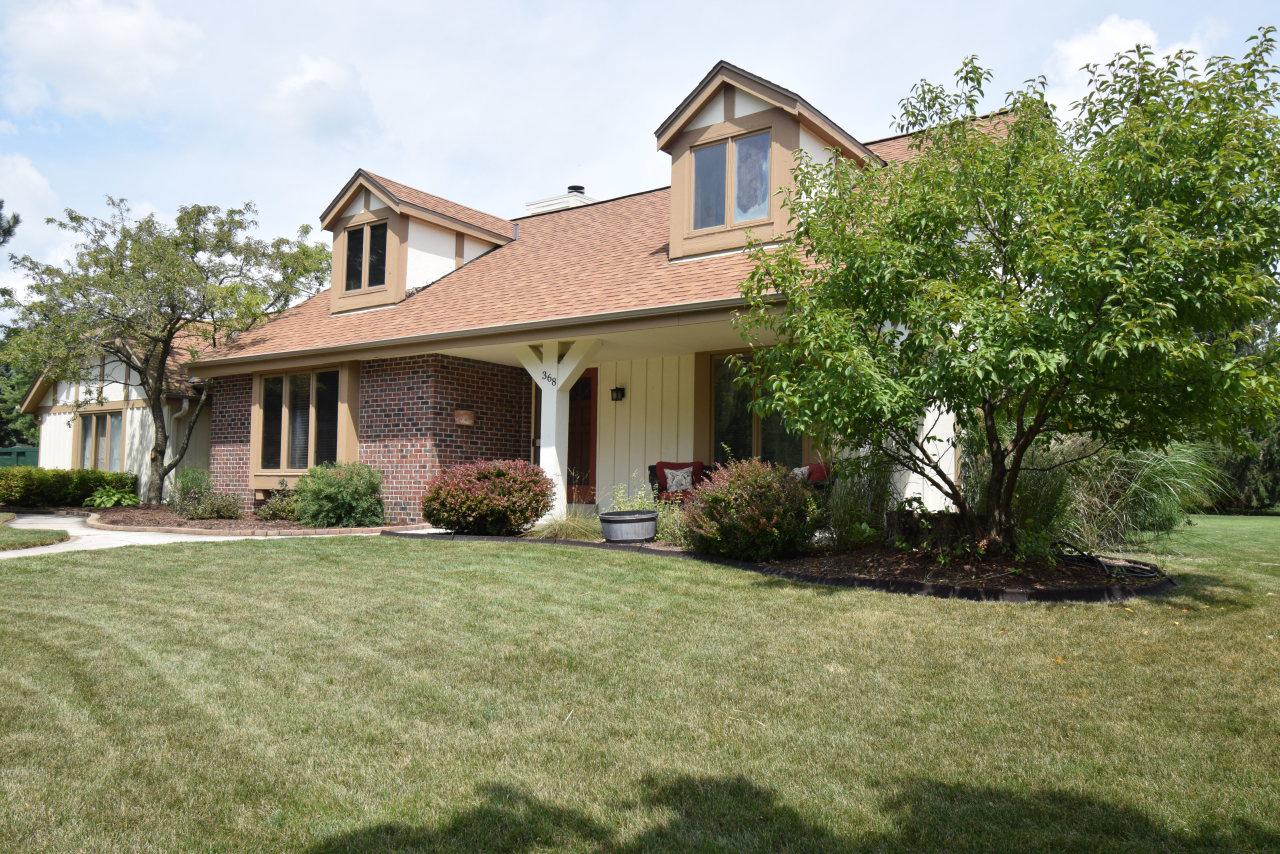 Cedarburg schools, UPDATES, UPDATES, UPDATES!! Total kitchen remodel with new cabinets, granite counter tops and hardwood floors. New composite deck, window replacement and new siding is underway. Hard to find first floor master suite and laundry. Natural fireplace, great floor plan, additional bonus room upstairs. Great location close to bike path, walking distance to historical downtown Cedarburg.