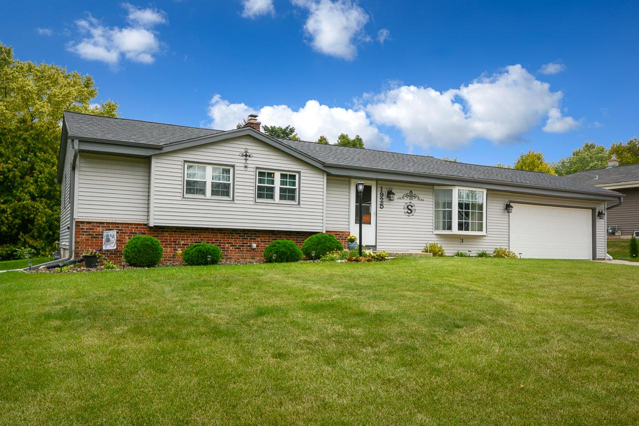 Nicely updated ranch in a popular Grafton location. Close to everything! Current homeowner has lovingly and carefully replaced roof, windows, siding, soffits, facia, outdoor lights and so much more! Kitchen and bath have been updated. Beautiful hardwood floors throughout the entire home. Great curb appeal and lots of light throughout. One year HSA home warranty included.