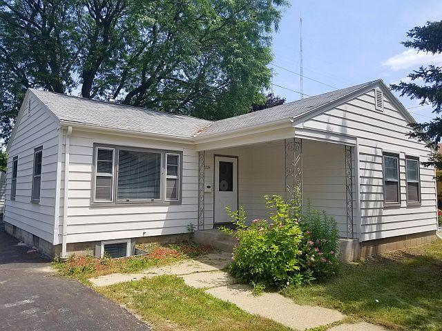 5328 N Dexter Ave AVENUE, MILWAUKEE, WI 53209